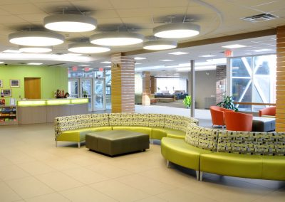 gbuild-ud-perkins-student-center-lobby